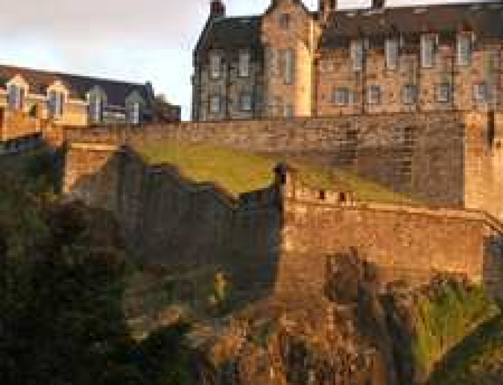 Short break – 2 nights stay in a 4* Hotel in Edinburgh with flights from Stansted, 9th March – ONLY £169 per person.