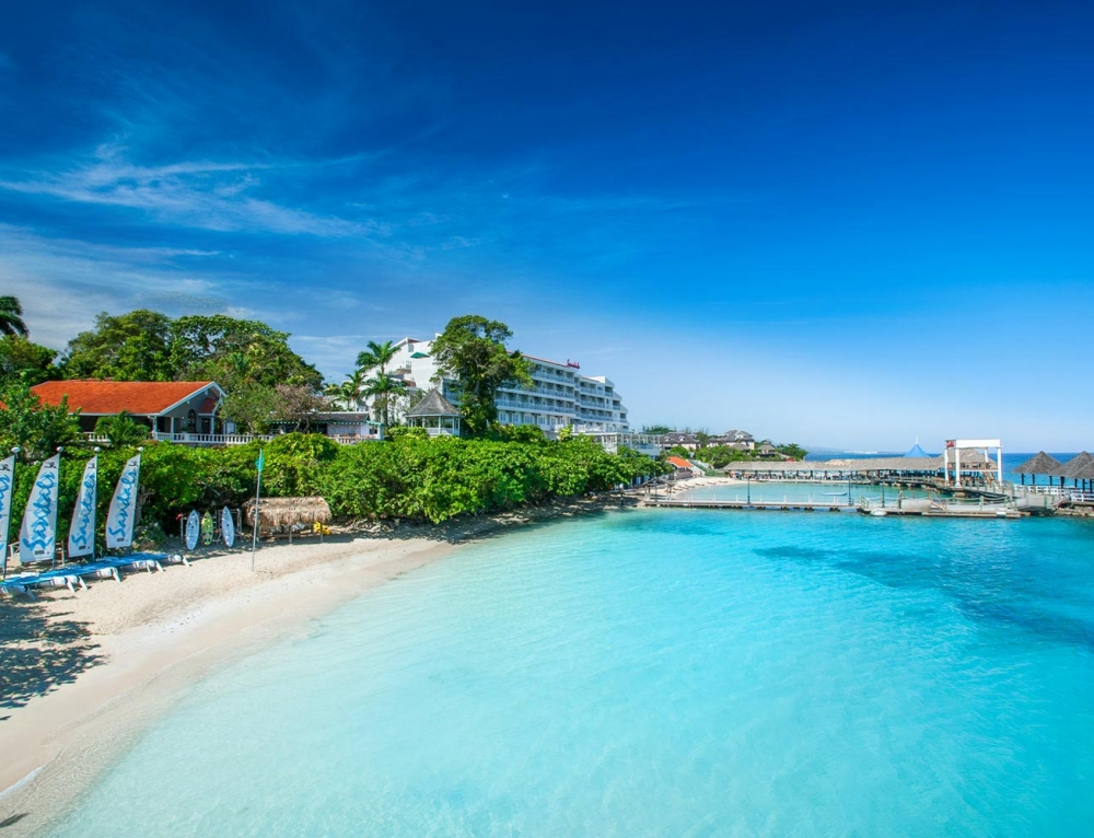 JAMAICA MAY 2022 – LUXURY SANDALS HOLIDAY WITH YOUR VERY OWN BUTLER